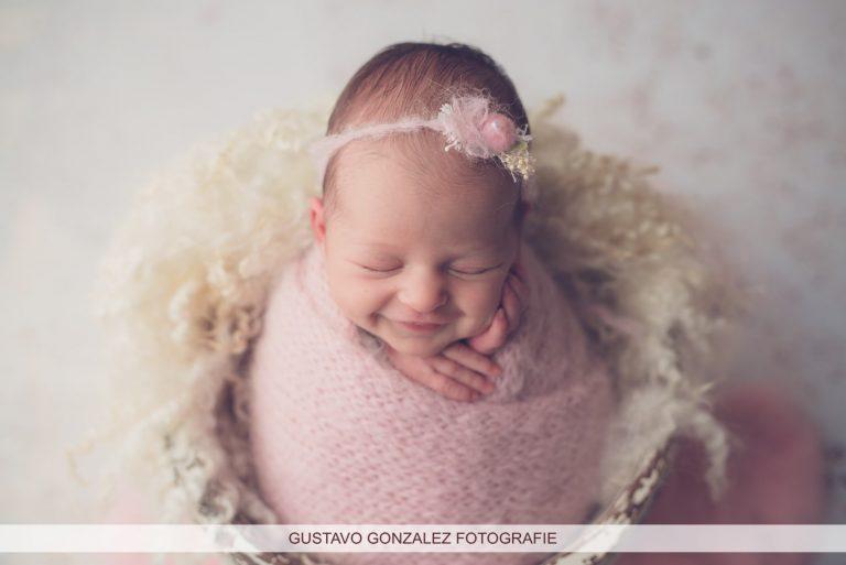 newborn fotograaf baby fotoshoot in arnhem nijmegen pasgeboren fotografie